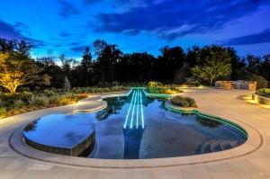 Violin Shaped Swimming Pool: 4 violin strings